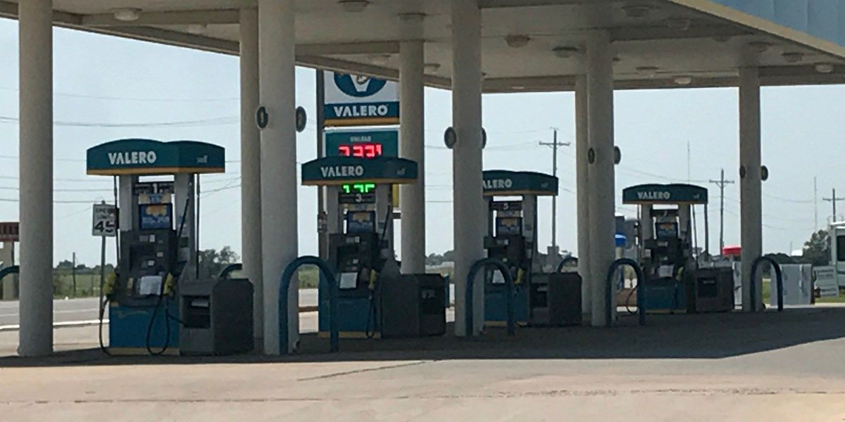 Local gas stations experience shortages due to Harvey