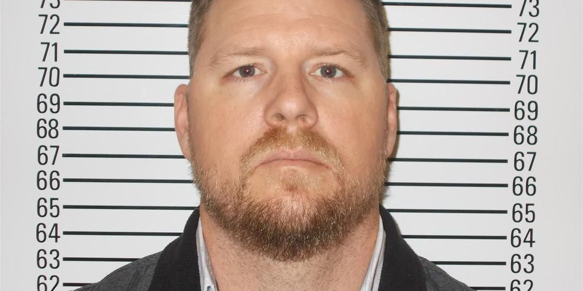 Stephens County man facing animal abuse charges in the death of two horses