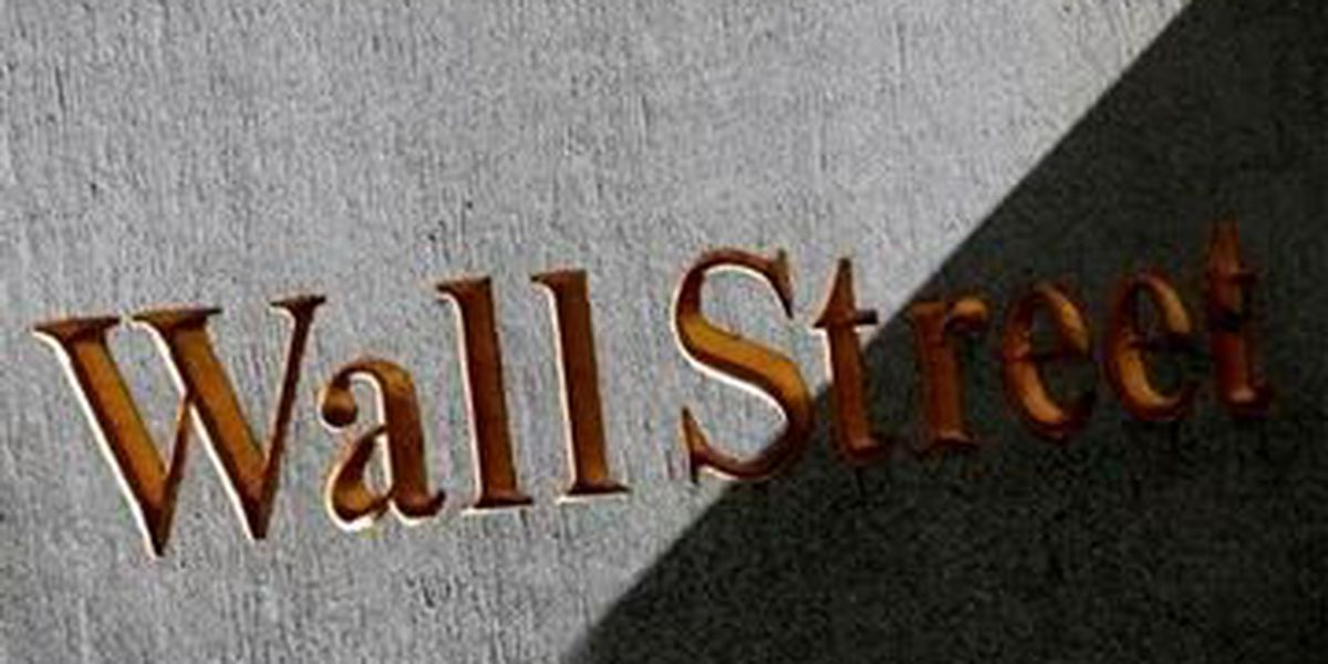 US stocks rise in early trading on earnings news