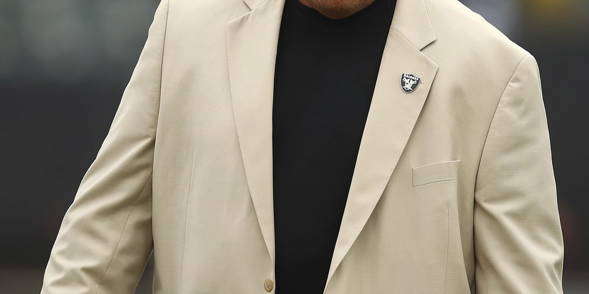 AP source: Raiders fire GM Reggie McKenzie