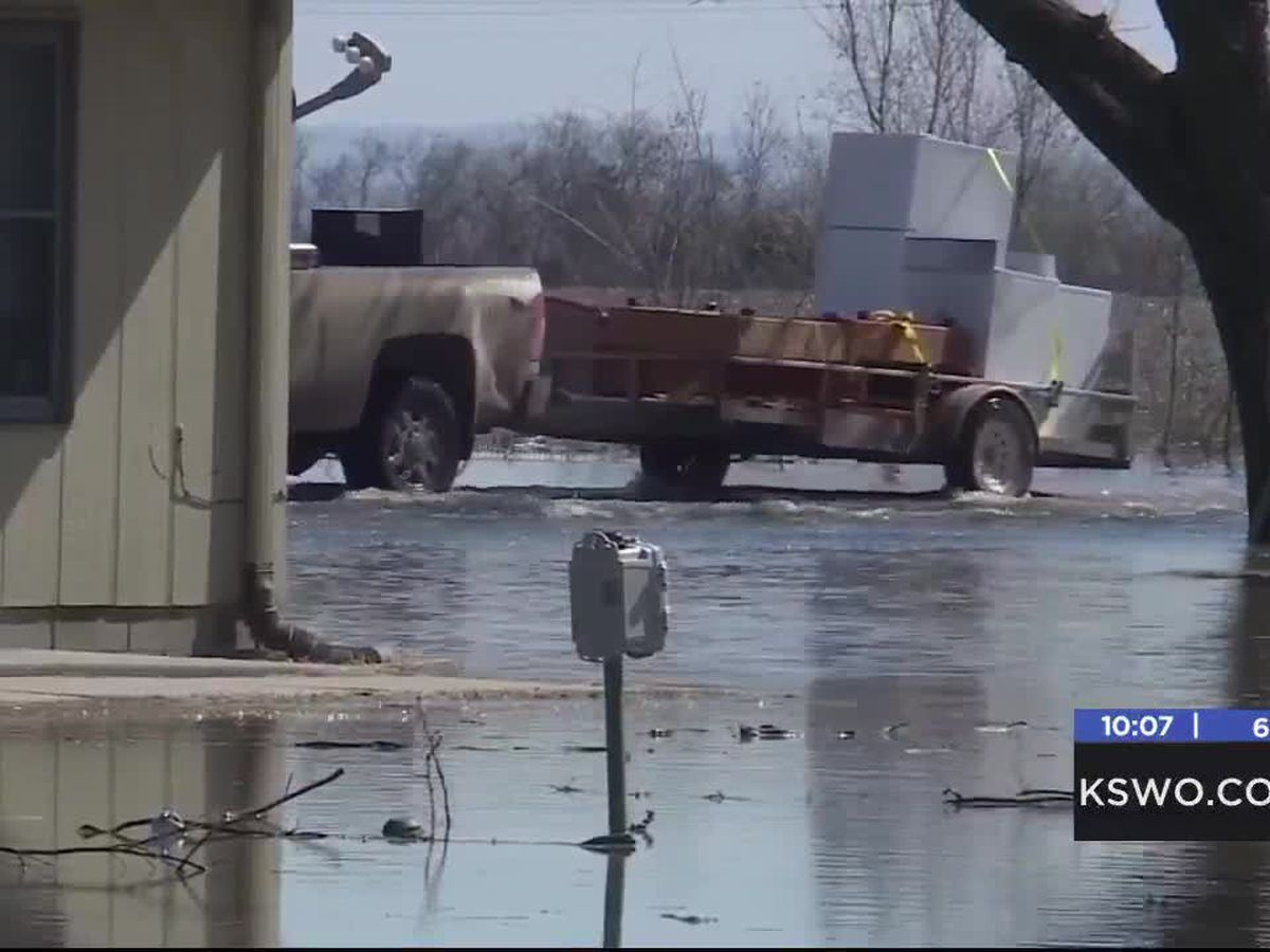 Lawton Patriots Lions Club collecting donations to help flood victims