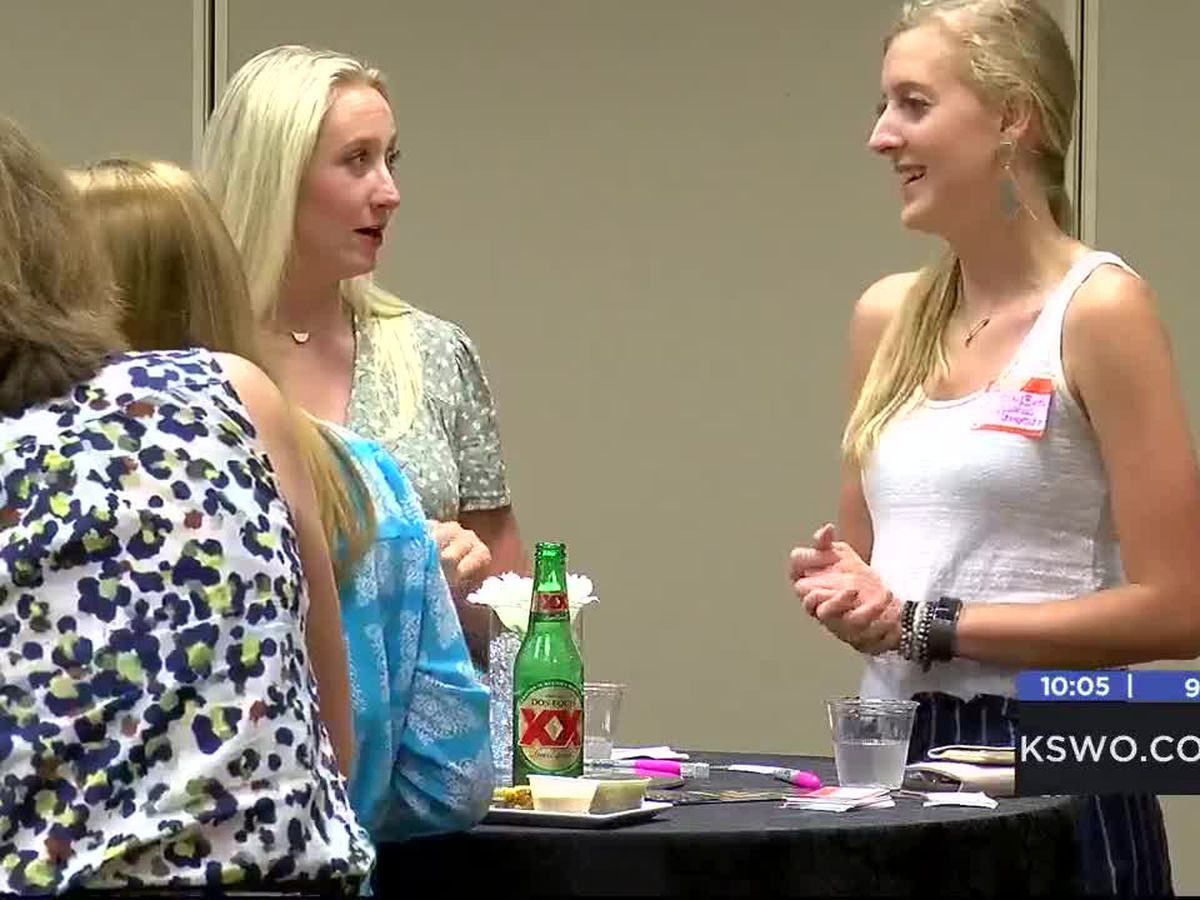 Lawton Business Women hosts networking event
