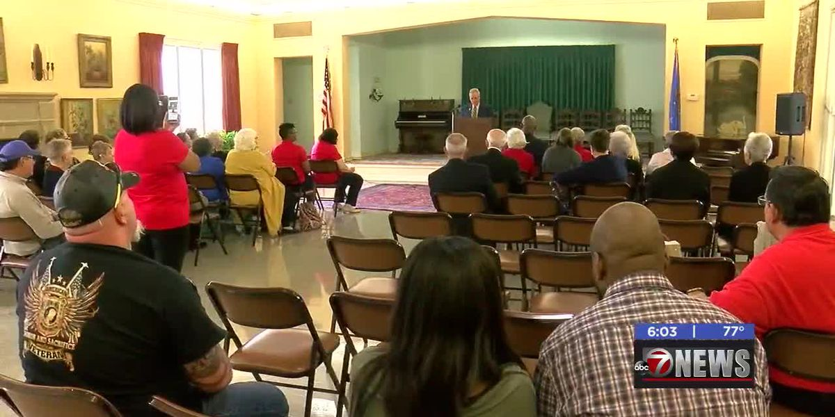 Local Gold Star families recognized at Honor Tea