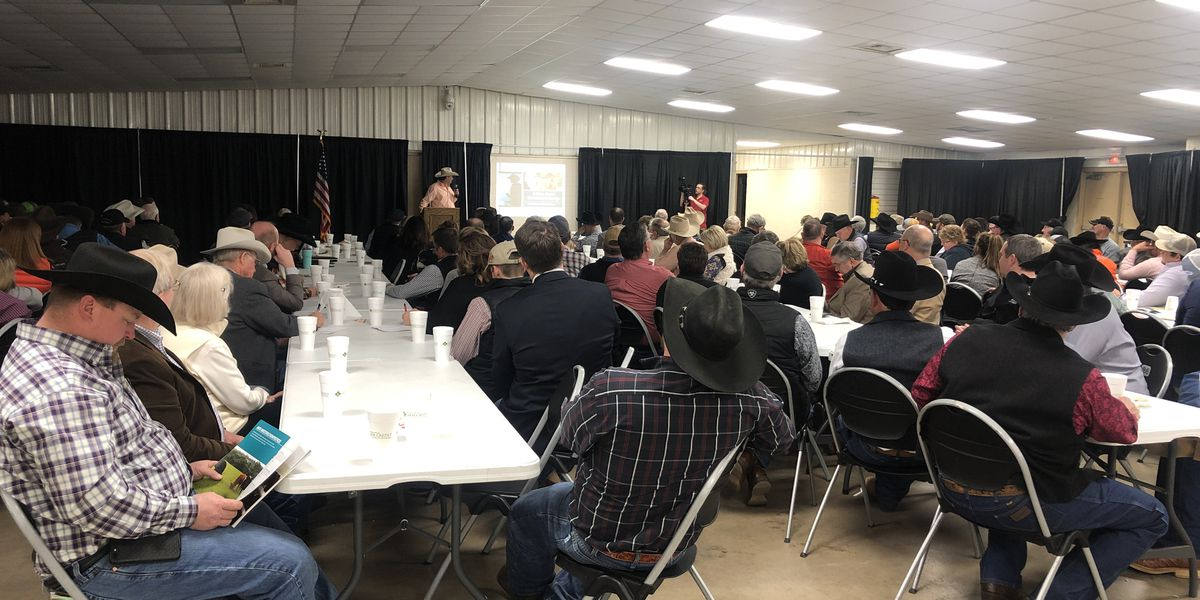 Oklahoma Cattlemen's Association holds Southwest District meeting