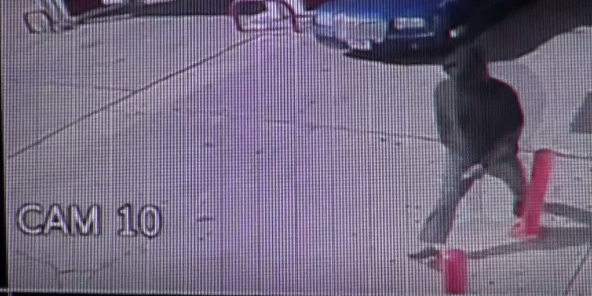 WFPD release surveillance video of aggravated robbery suspect