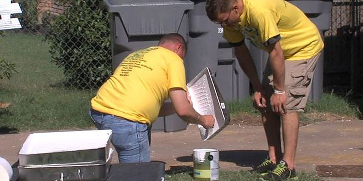 35 homes get fresh coat during Fresh Paint Day