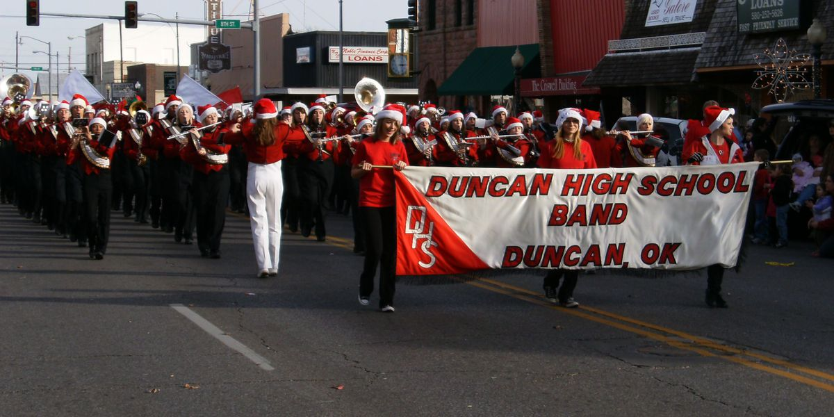 Annual Duncan Christmas Parade: 'A Miracle on Main Street'