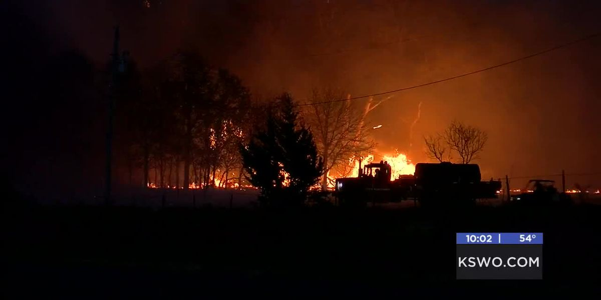 People forced to evacuate their homes after massive fire spread rapidly in Cache