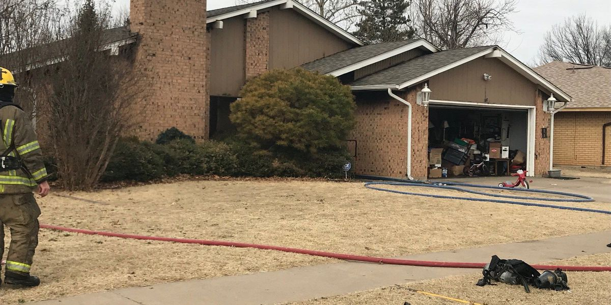UPDATE: Lawton Fire extinguishes house fire on west side of town