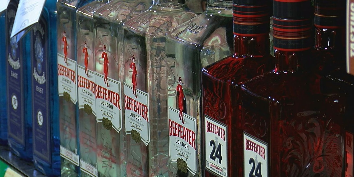 Bill legalizing alcohol delivery, curbside pickup awaiting Governor Stitt's signature