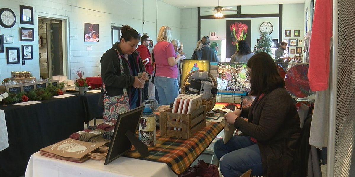 Lawton Fort Sill Art Council holds annual Hippie Holiday