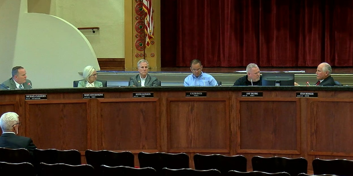Lawton City Council, Mayor expected to discuss doubling salary