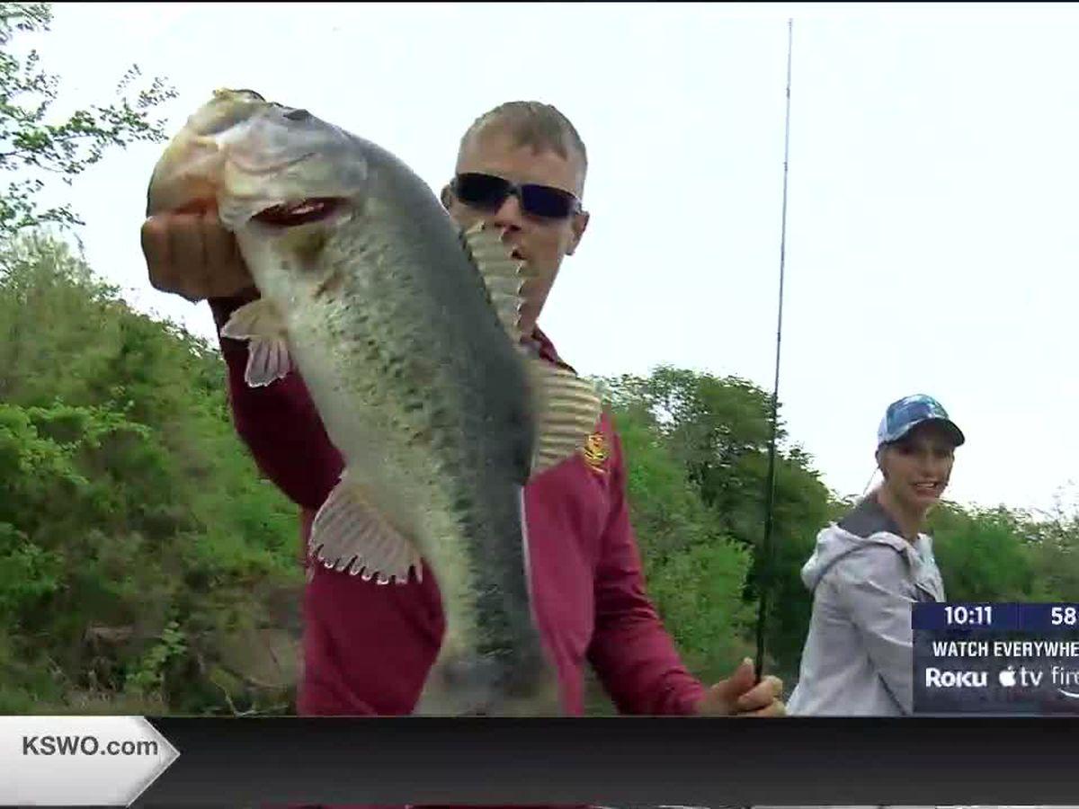 MAKENZIE'S OUTDOOR ADVENTURES: Bass Fishing at Lake Elmer Thomas