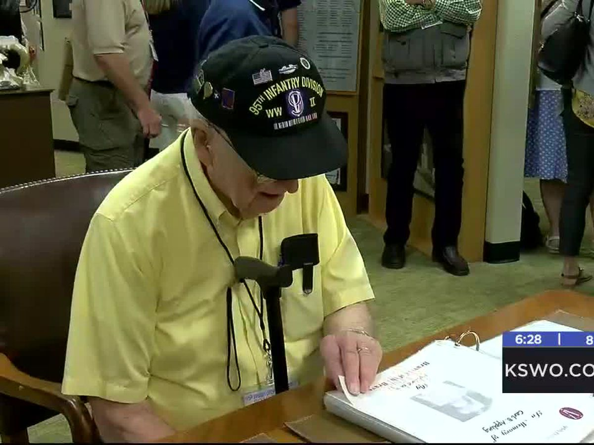 Veterans visit 95th Infantry Division Memorial