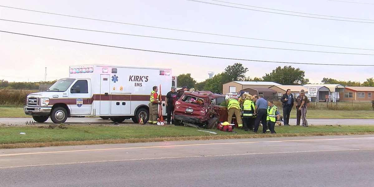 Thursday morning wreck sends two people to the hospital