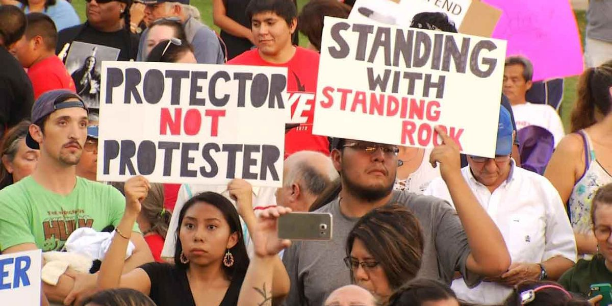 Tulsa stands with Standing Rock DAPL protestors
