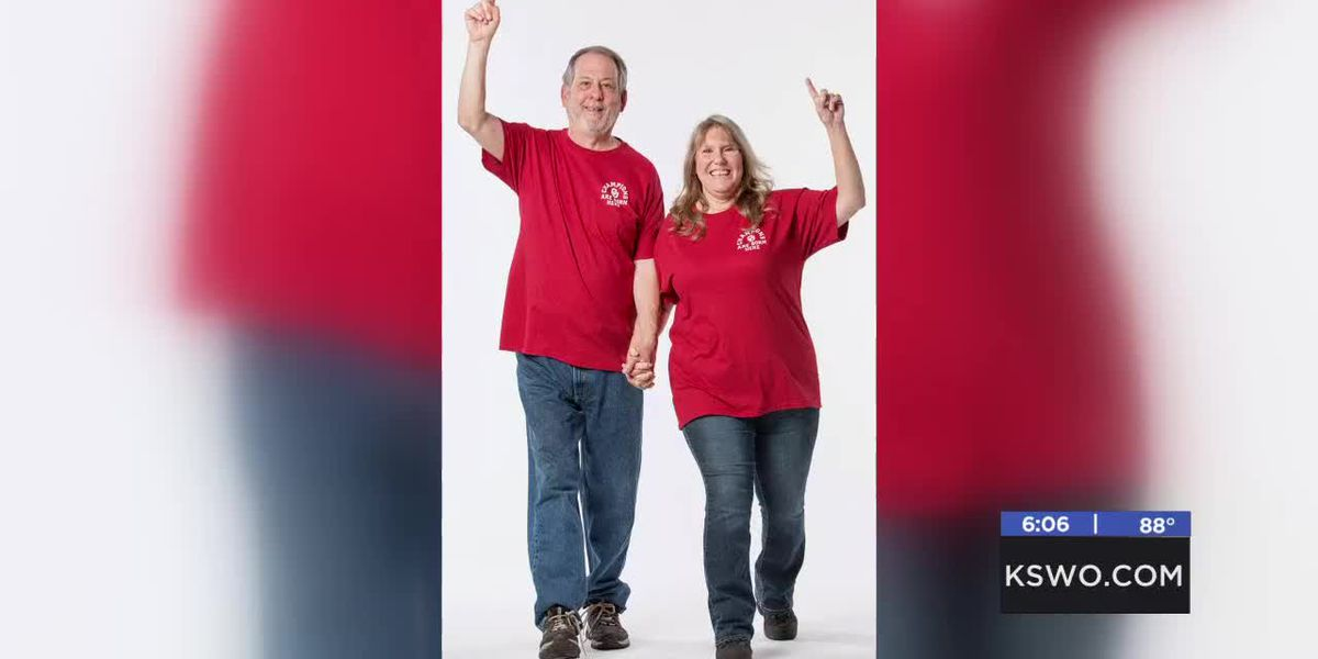 Sooner Sports names Lawton family number one OU fan this week