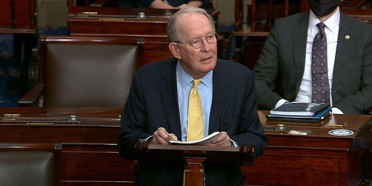 Alexander preaches consensus in farewell to fractious Senate