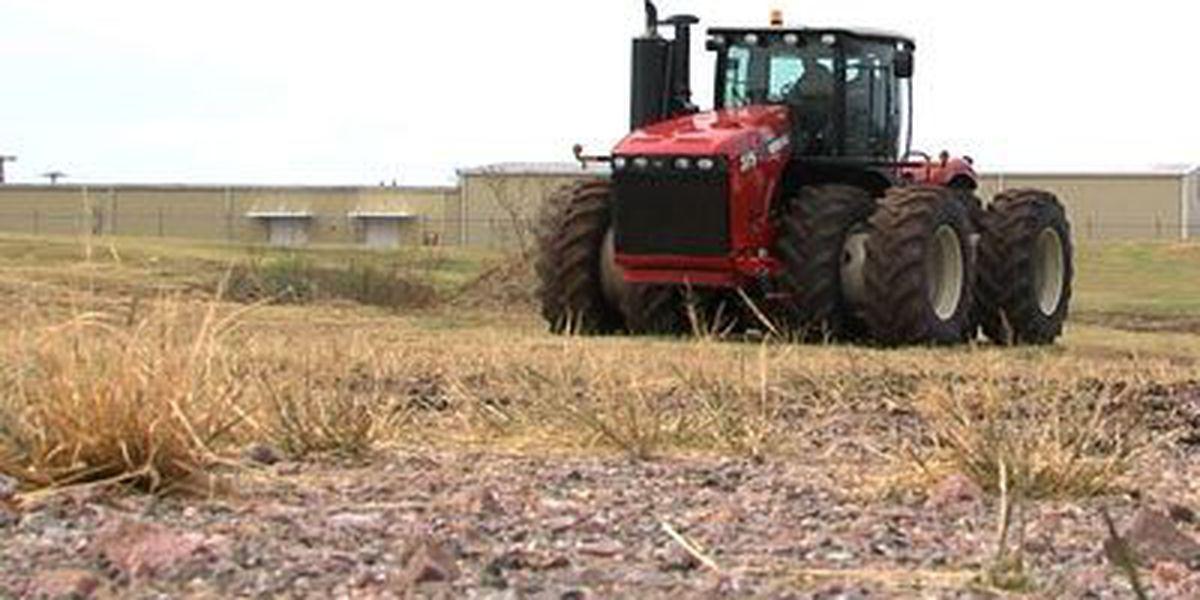 OK representatives encourage CA farmers to relocate