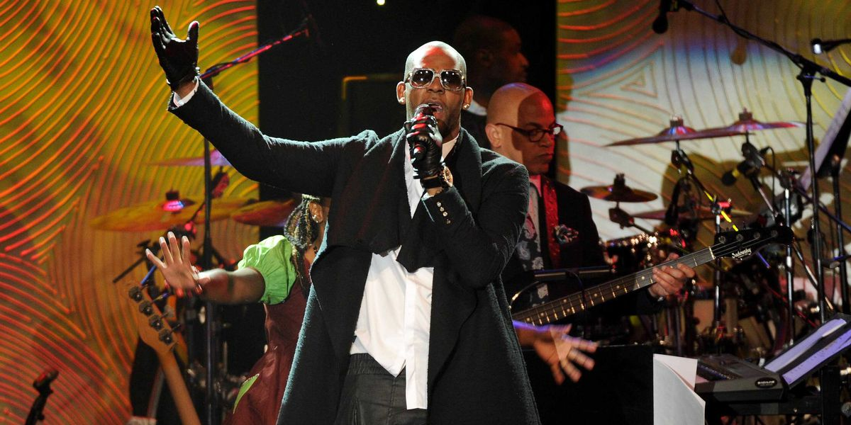 R. Kelly accused of threatening and intimidating alleged victim