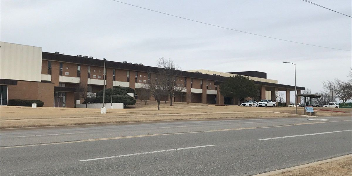 """UPDATE: """"All clear"""" given at two Lawton high schools after threats"""
