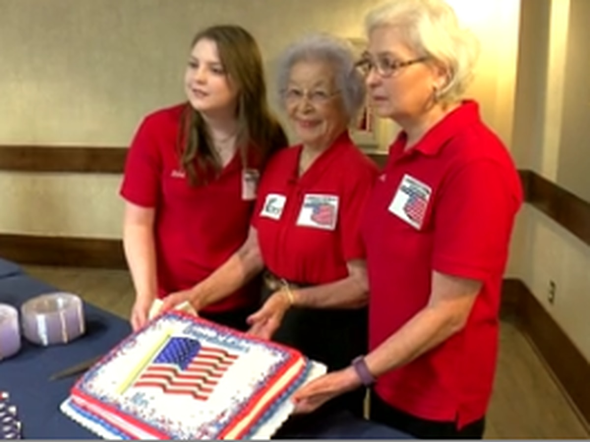 90-year-old military widow recognized for decades of community service