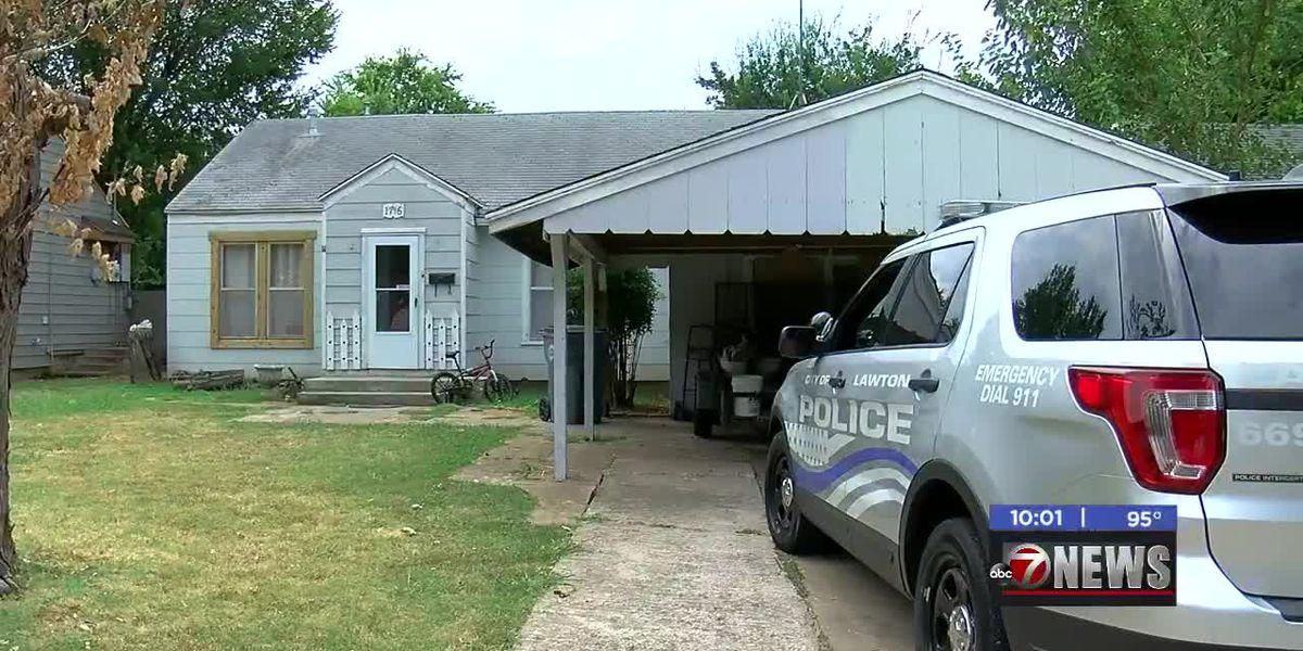Neighbors near murder scene react to crime