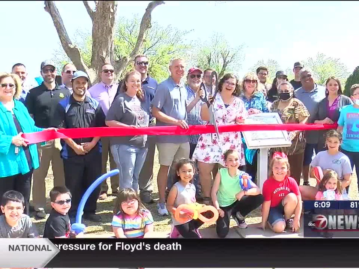Altus unveils new story walk at Hightower Park