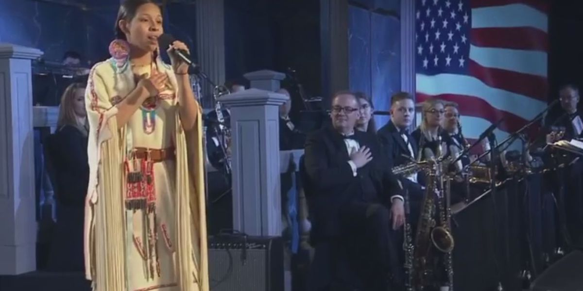 Cache teen sings National Anthem at Oklahoma Hall of Fame