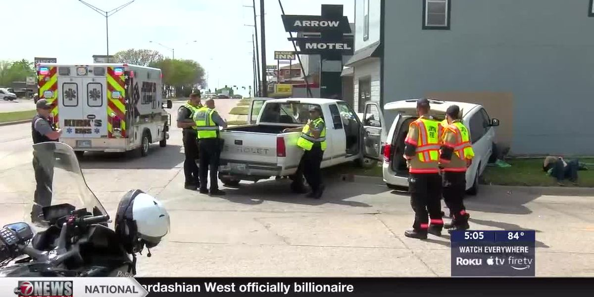 Two taken to hospital after four car crash in Lawton