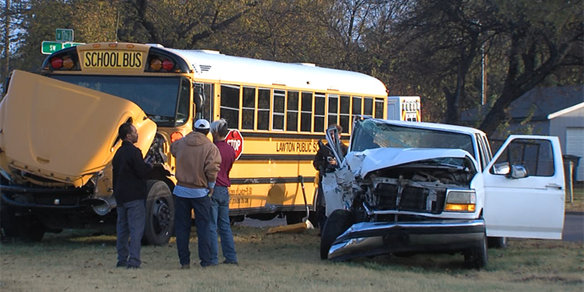 School bus accident results in minor injuries