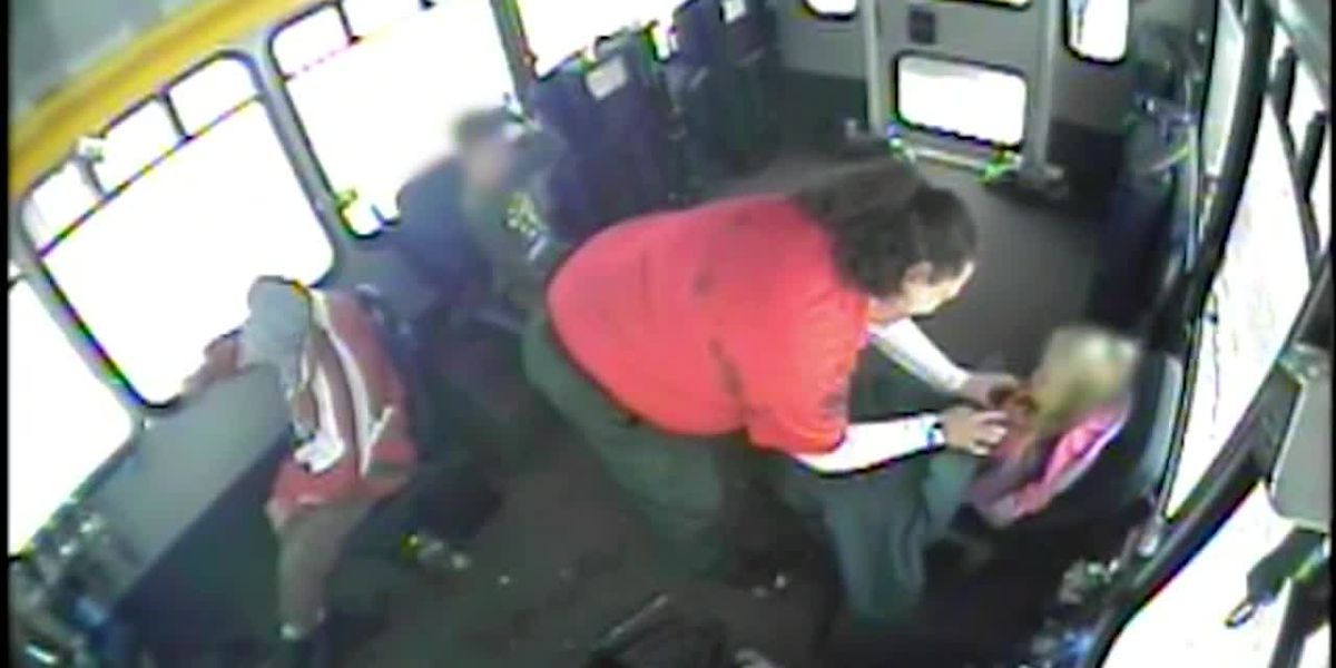 Caught on camera: Bus driver picks up two kids found wandering in the snow