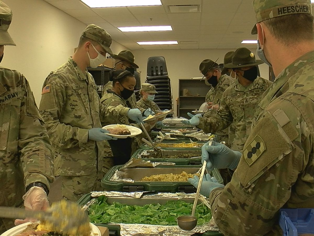 Ft. Sill leadership serves Thanksgiving meal to basic trainees