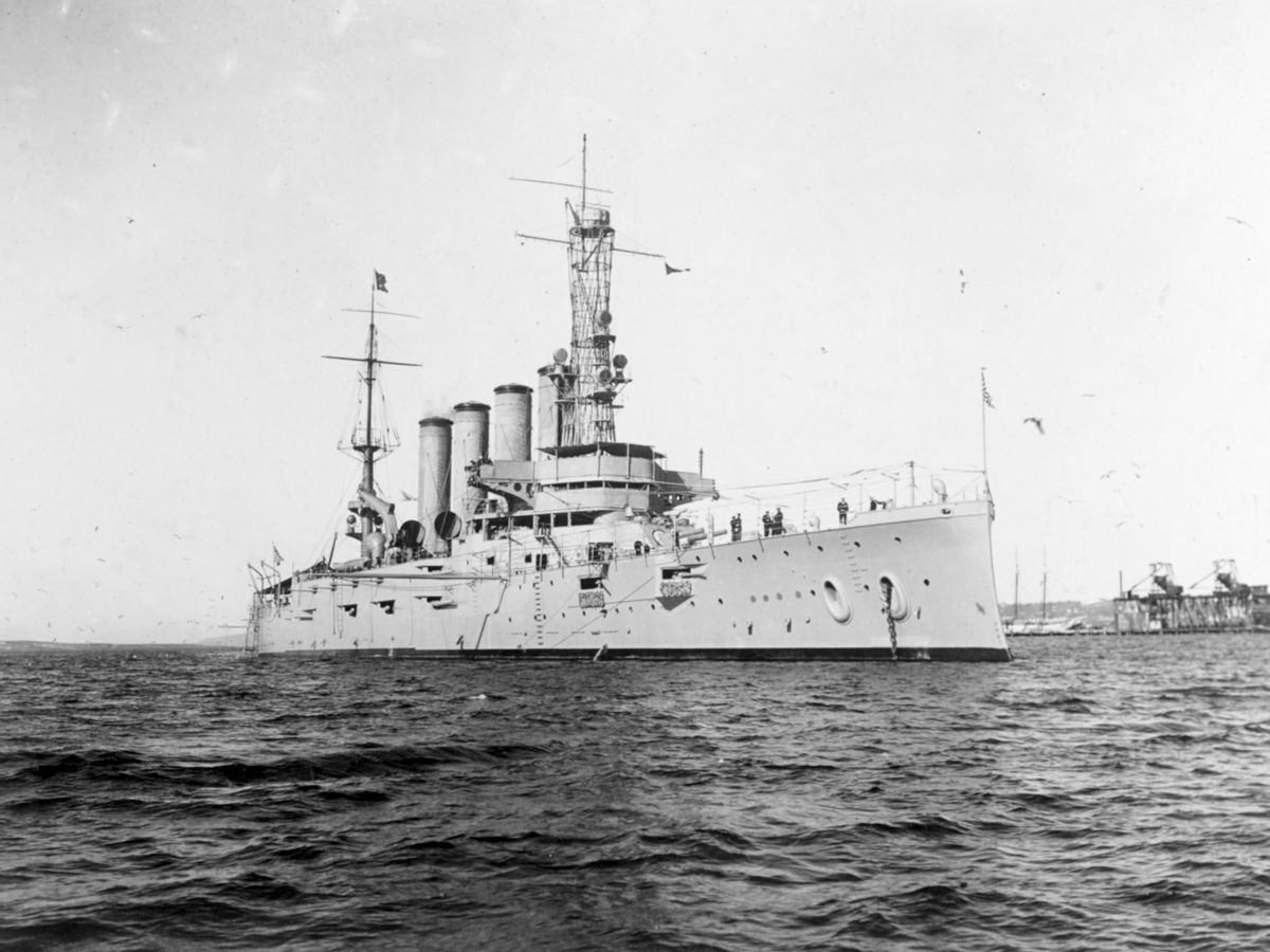 Scientists scour WWI shipwreck to solve military mystery