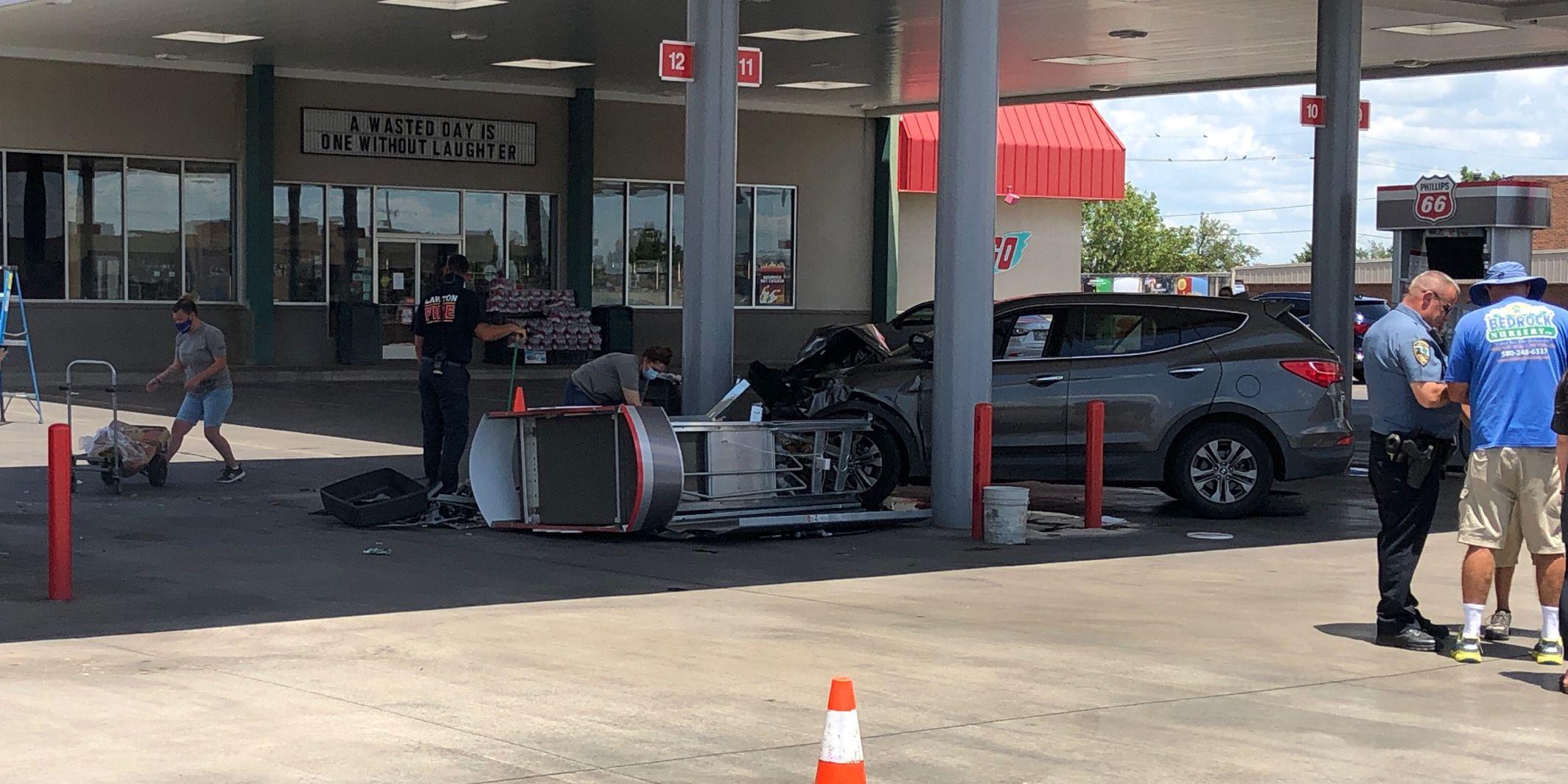 Man dies after crash at Lawton gas station
