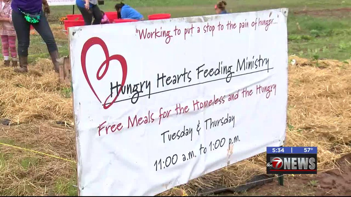 Hungry Hearts Feeding Ministry creating cookbook