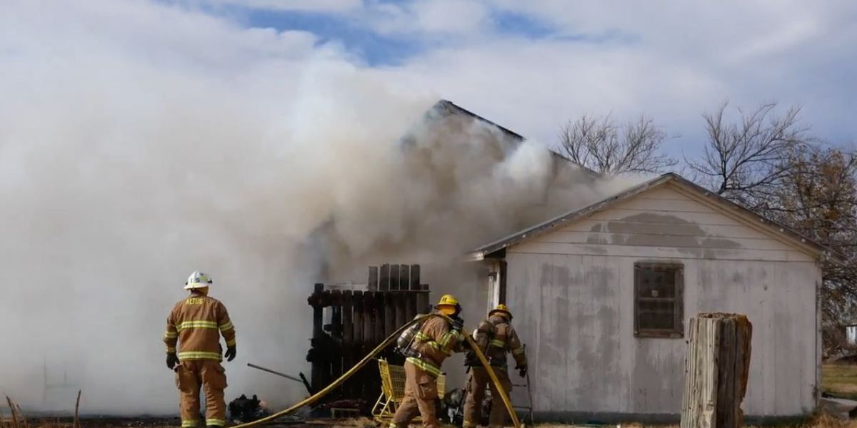 Altus home goes up in flames days before Thanksgiving