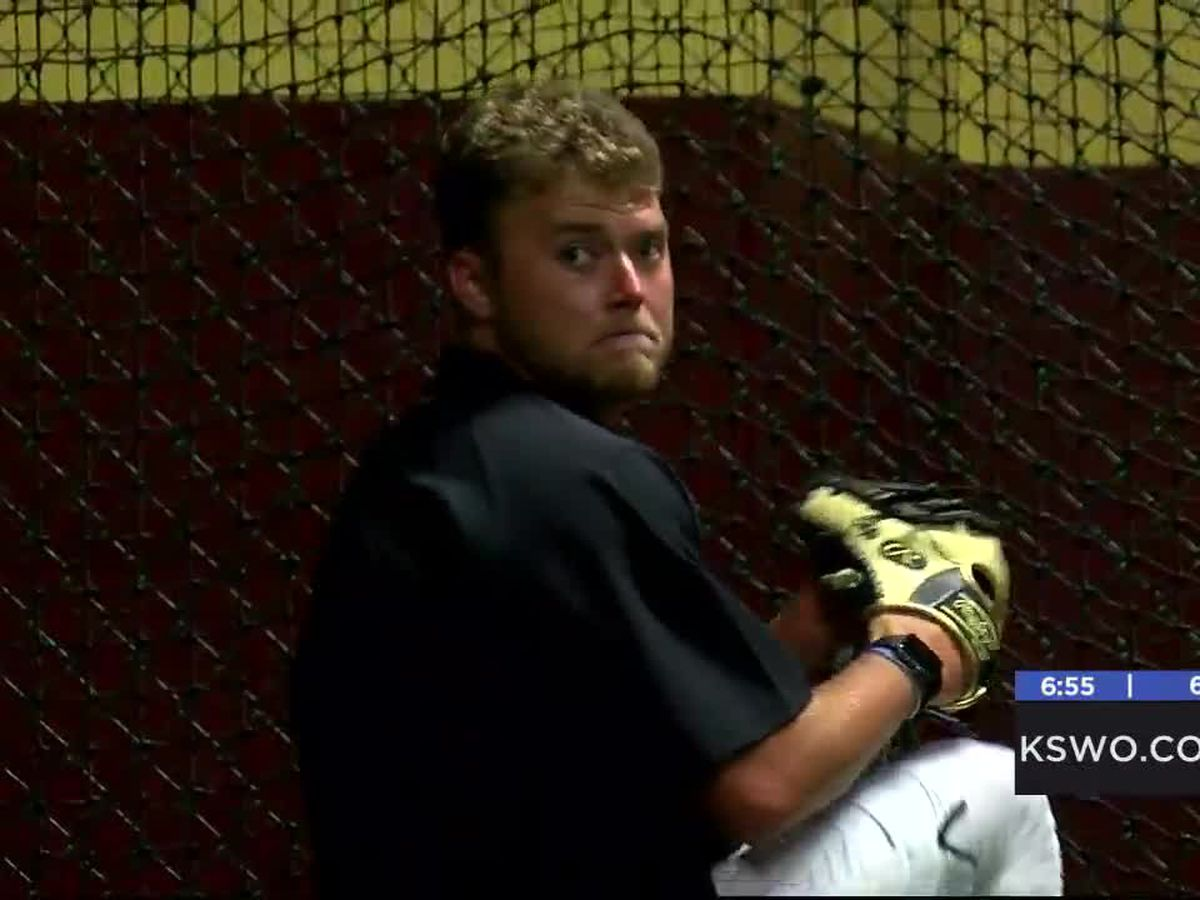 Pandemic puts Capps' MLB dreams on hold