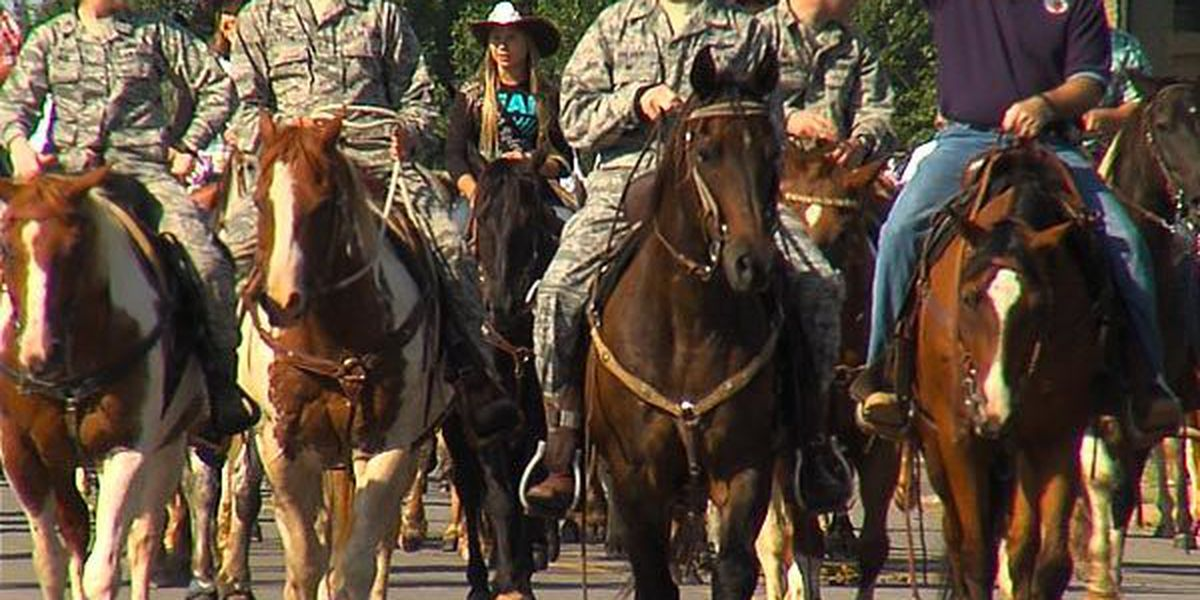 Altus AFB hosts annual cattle drive
