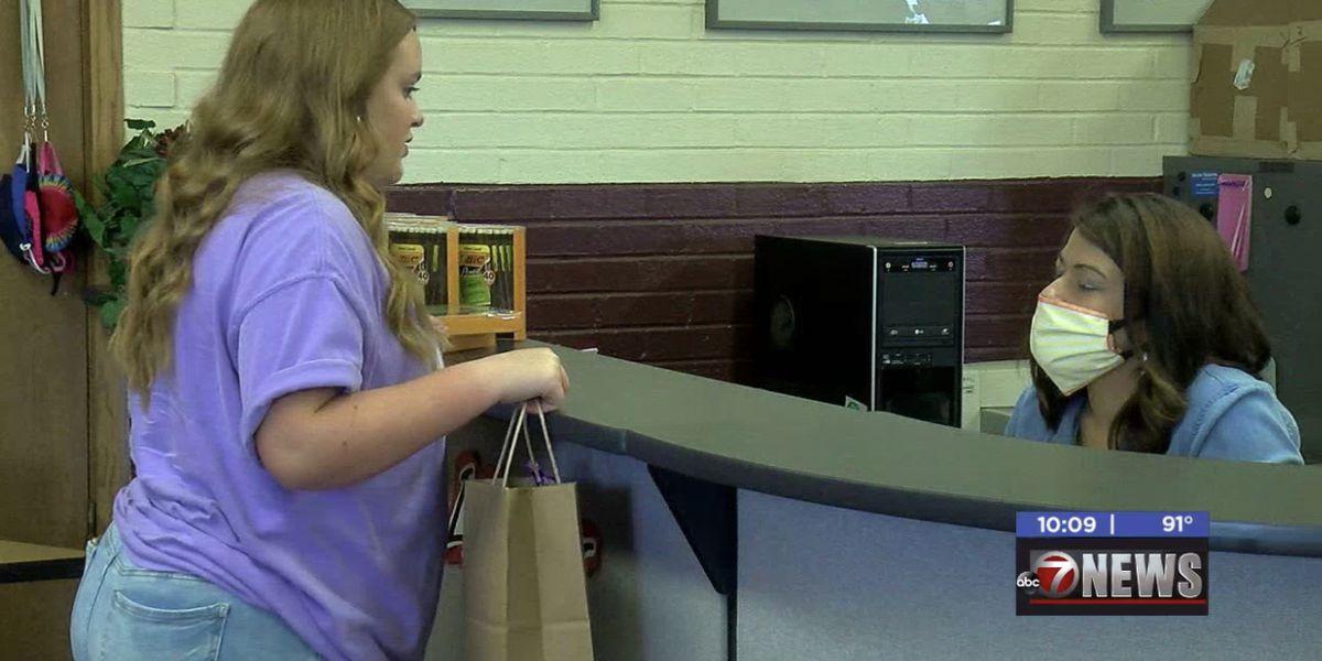 Velma-Alma student donates 10,000 pencils