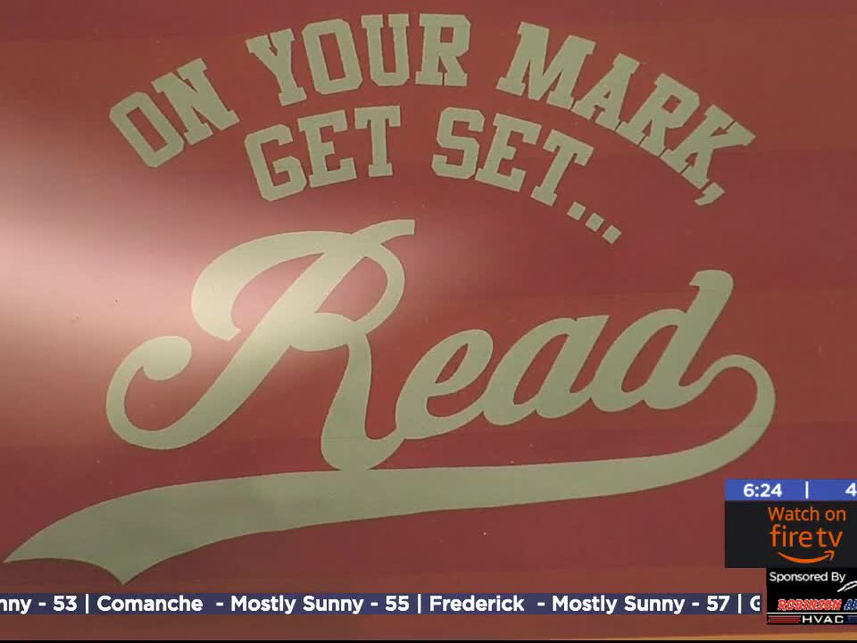 Lawton library holding 'Sit, Stay, Read' to help kids