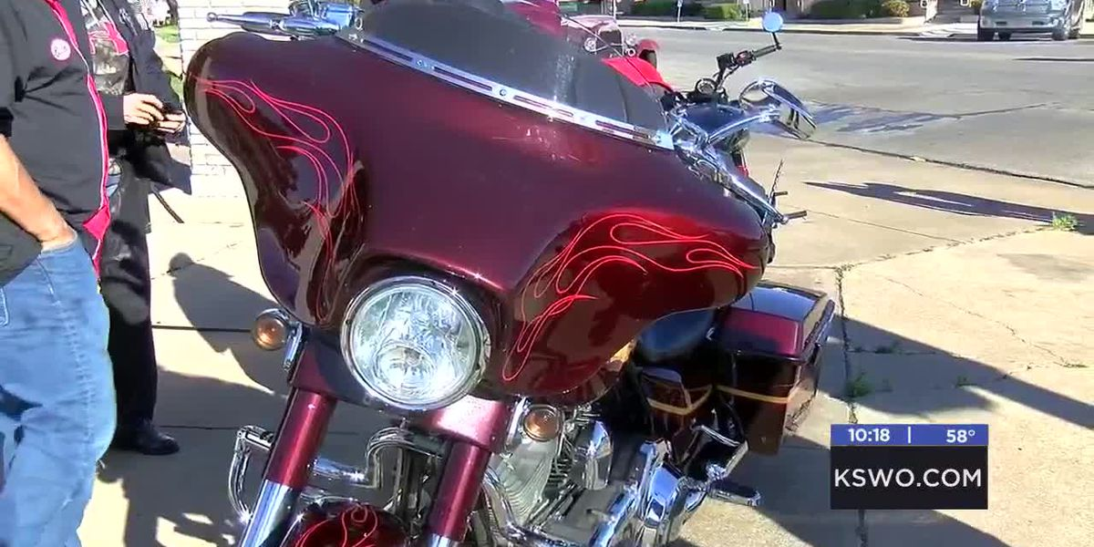 Man Street Duncan hosts poker run and car show
