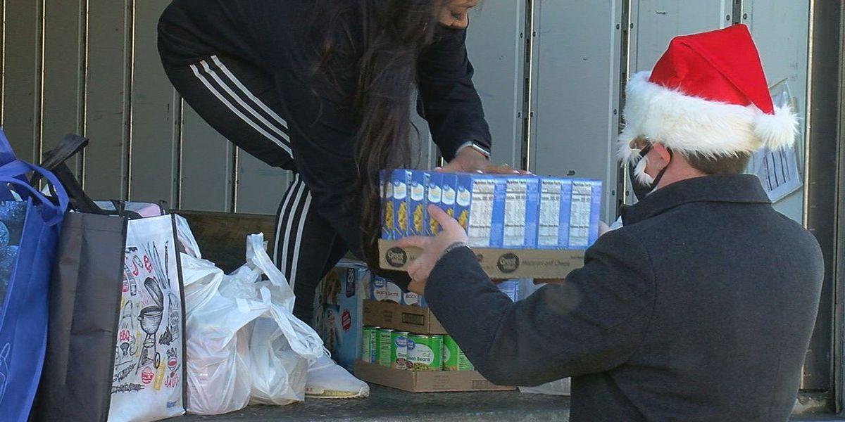 Share Your Christmas brings in donations of food, money