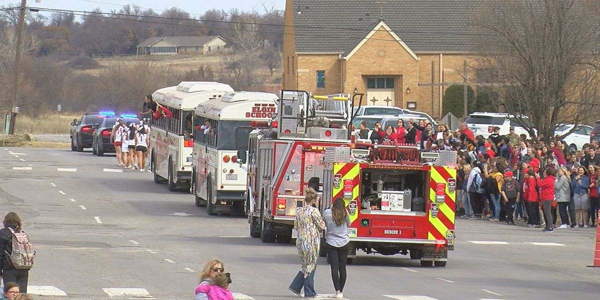 Elgin boys and girls get big sendoff to state tournament