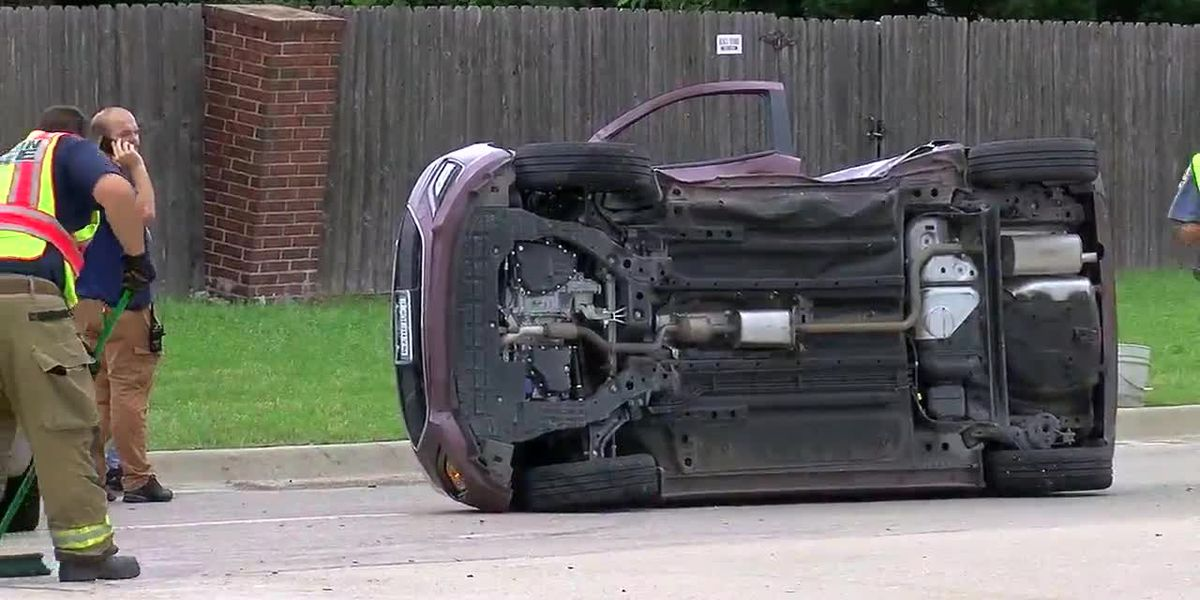 Car rolls over after wreck near 67th and Quanah Parker Trailway