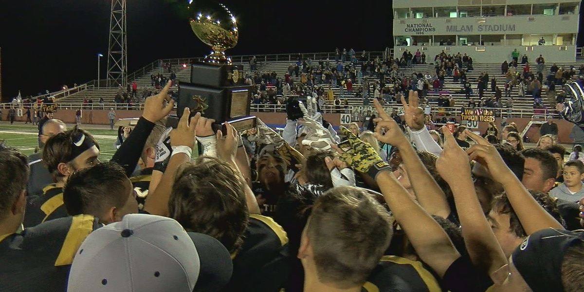 Tipton outlasts SW Covenant 50-34 to capture third straight Class C Championship