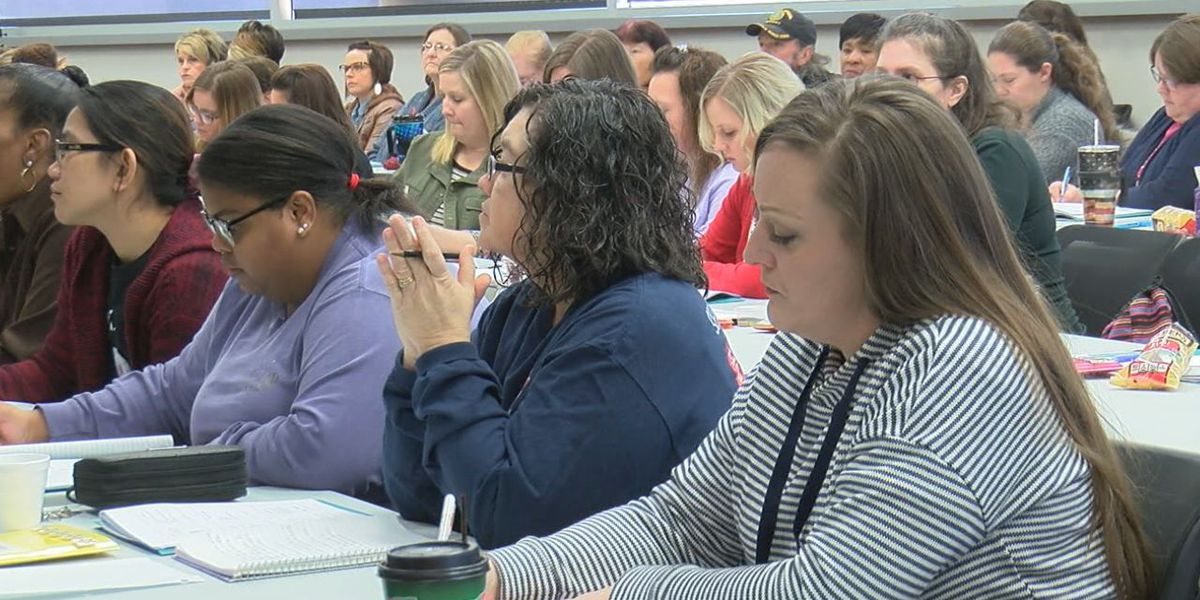 Paraprofessionals and educators receive training on Autism Spectrum Disorder