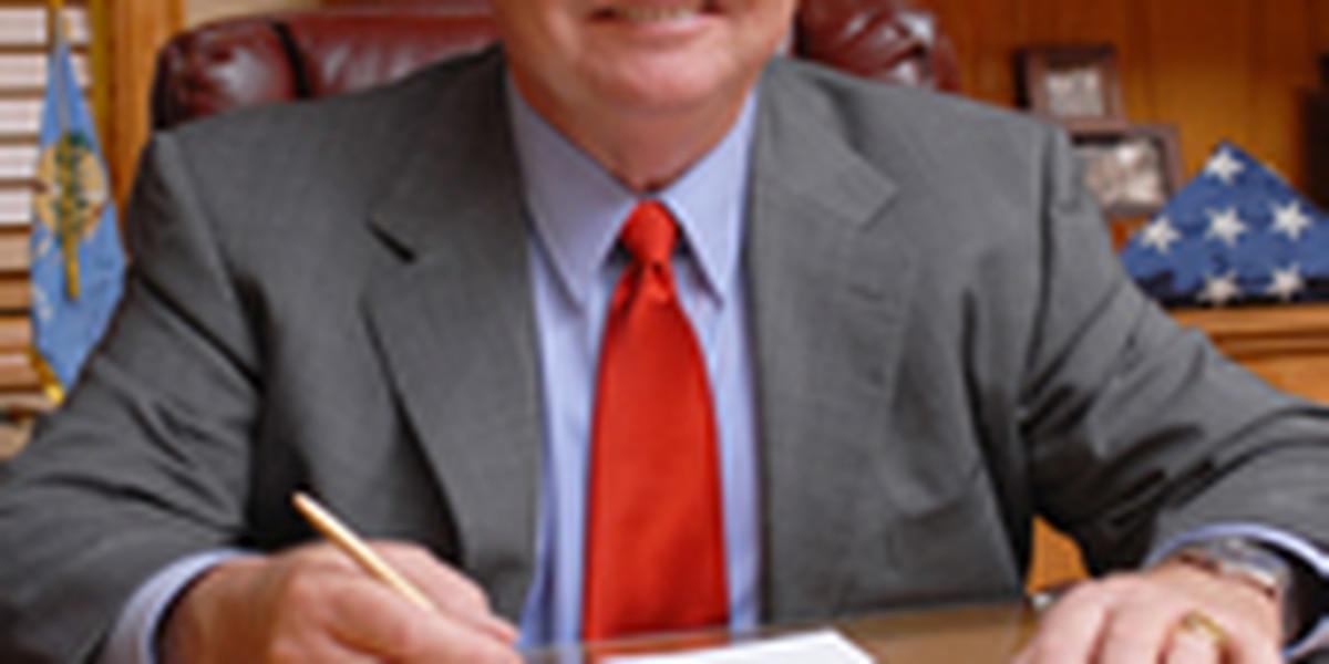 Oklahoma sheriff retires, drops civil lawsuit against county