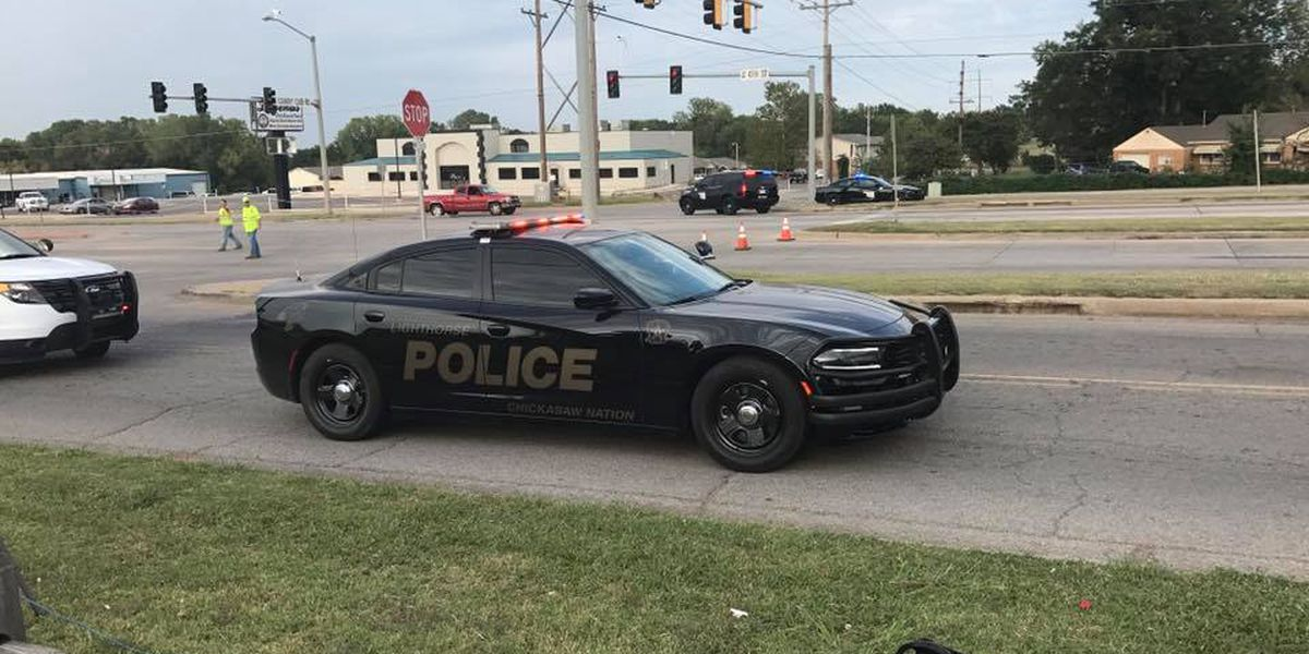 Two police officers shot in Chickasha