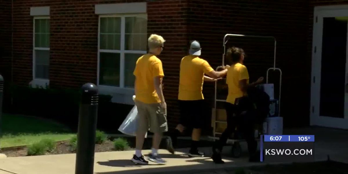 Cameron students move in to campus housing